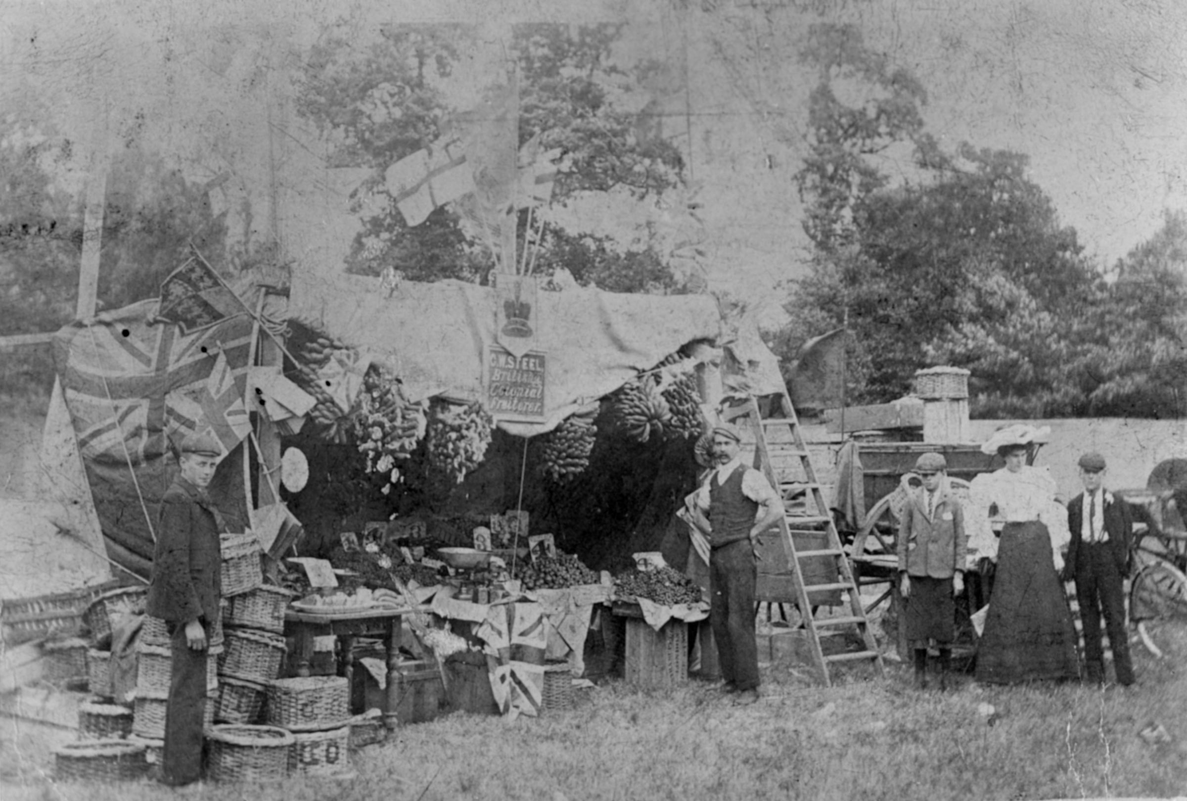 Farmers market in Stroud Green House grounds-1897, Courtesy of Museum of Croydon Collections